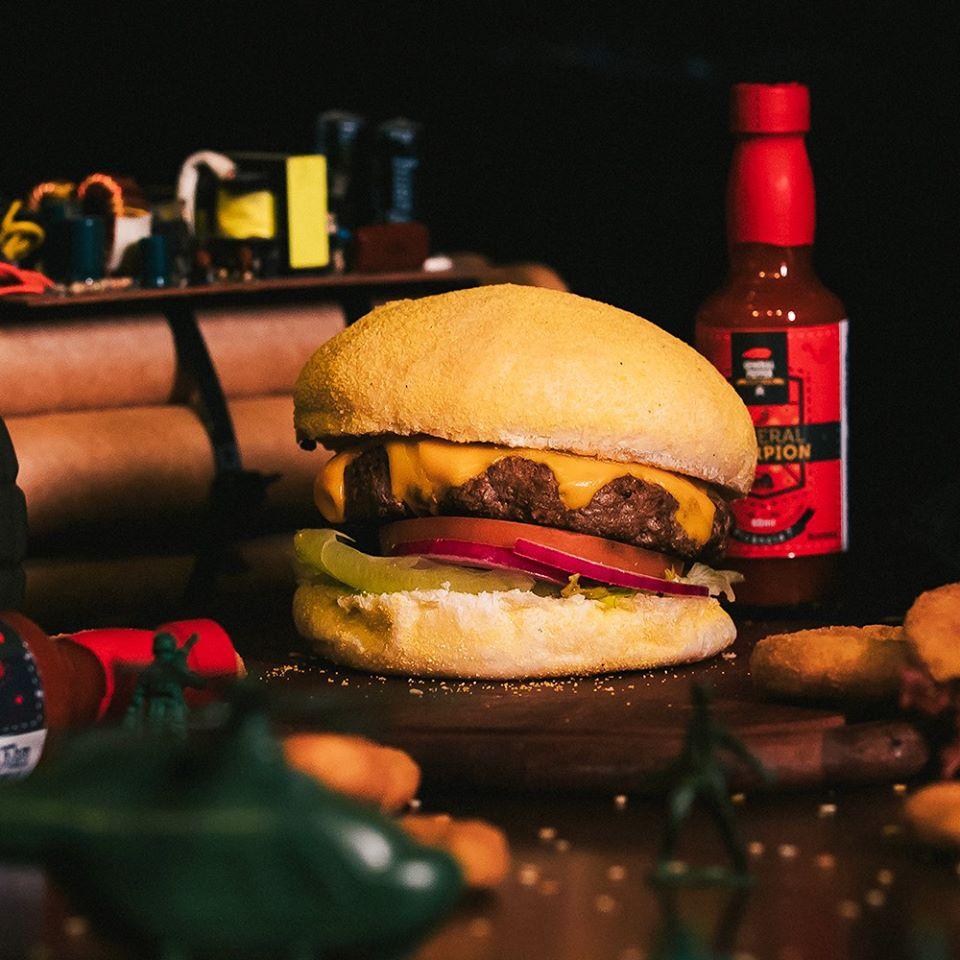 Logo General Pepper Hamburgers & Cia - Balneário