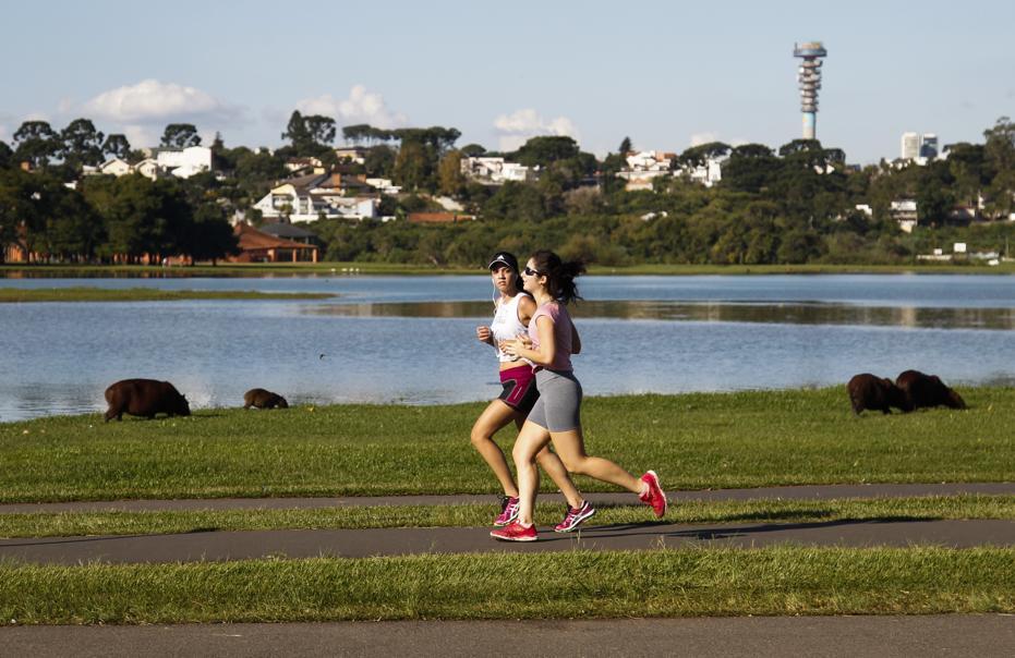 Parques com pista de corrida em Curitiba