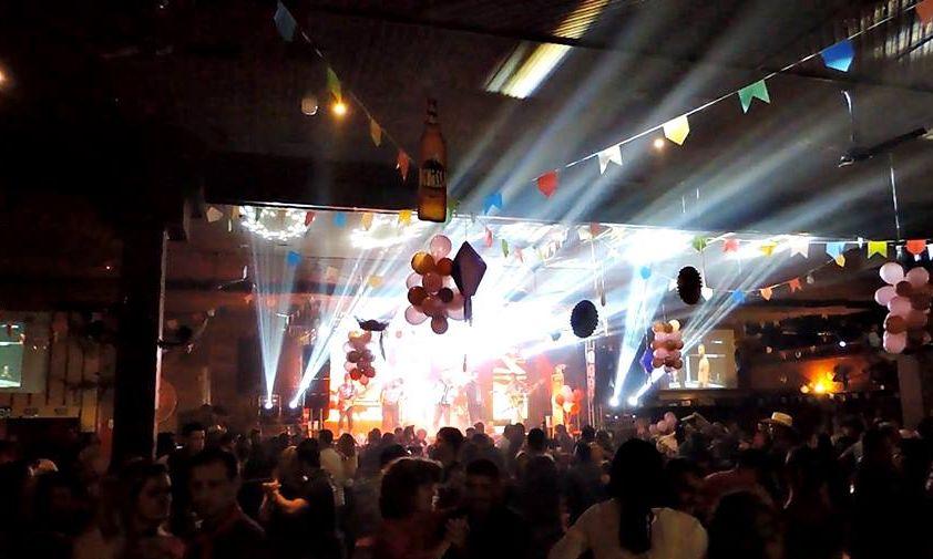 Curitiba tem casas noturnas com bailão até as 5h no final de semana