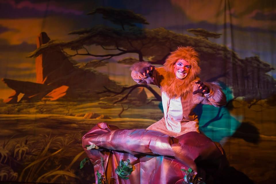 Peça O Rei Leão é chance para ver Simba, Scar e Mufasa de perto