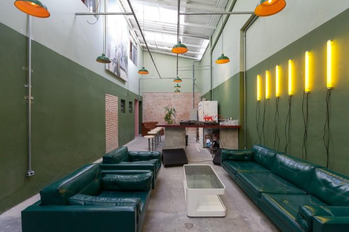 Nova balada secreta de Curitiba, Raposa mistura design autoral e drinks orgânicos