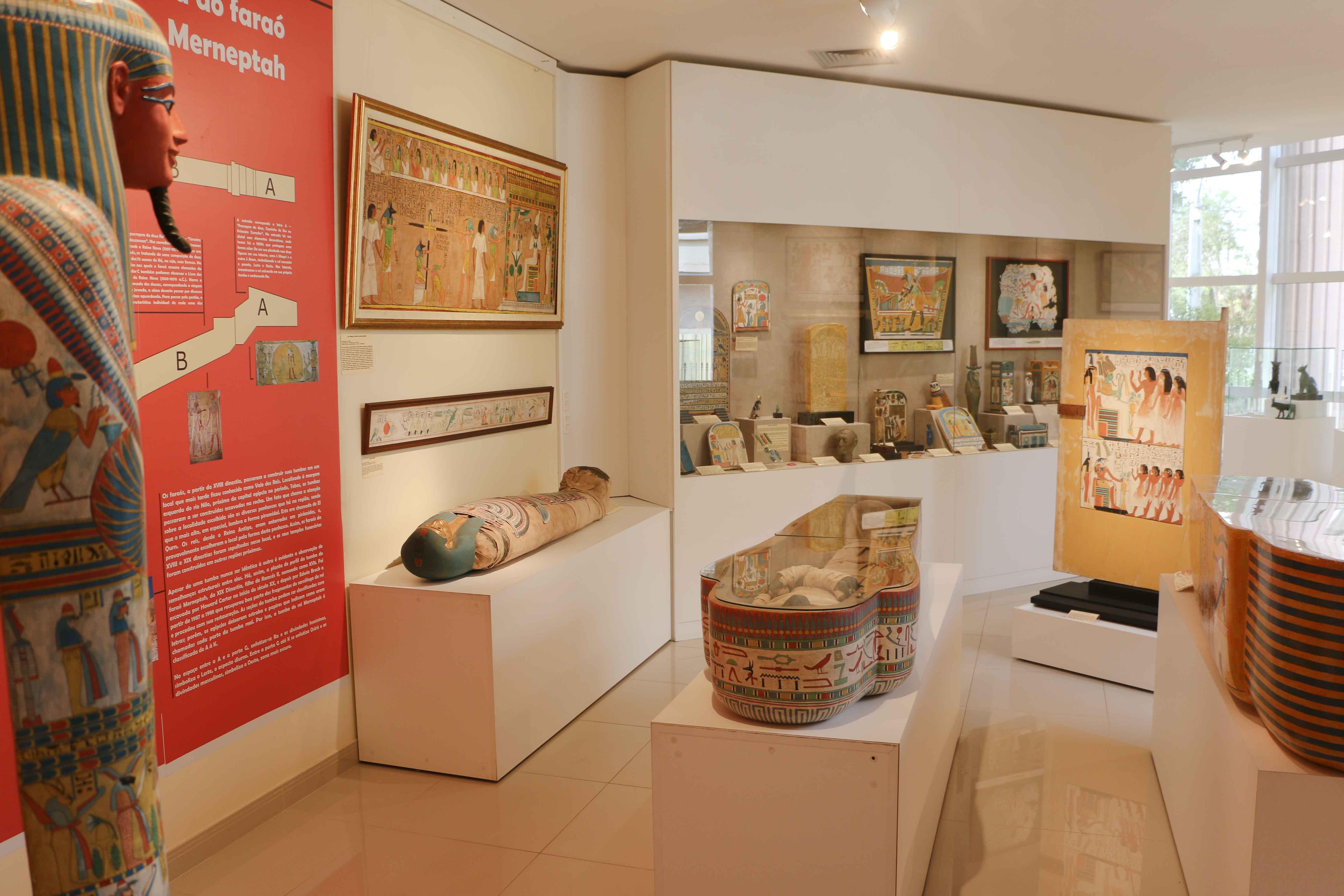 Museu egípcio ganha 150 novas peças e muda exposição