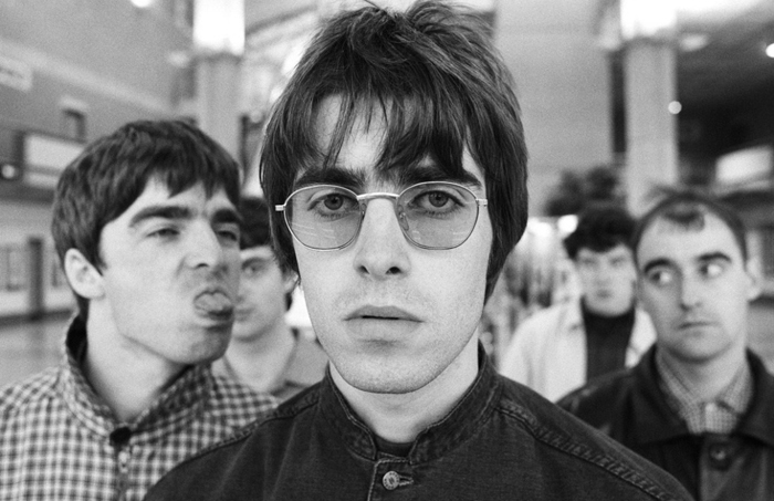 Oasis acabou logo depois de passar por Curitiba, mas Noel Gallagher está de volta