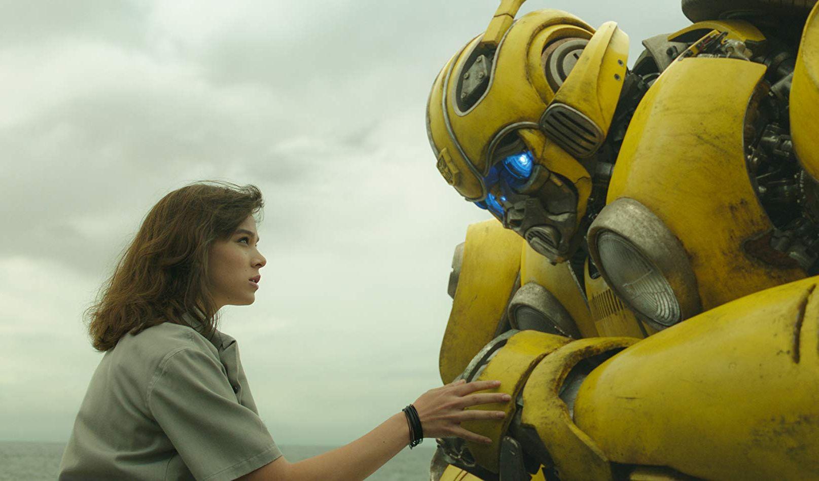 Semana do Natal tem a chegada de Bumblebee nos cinemas