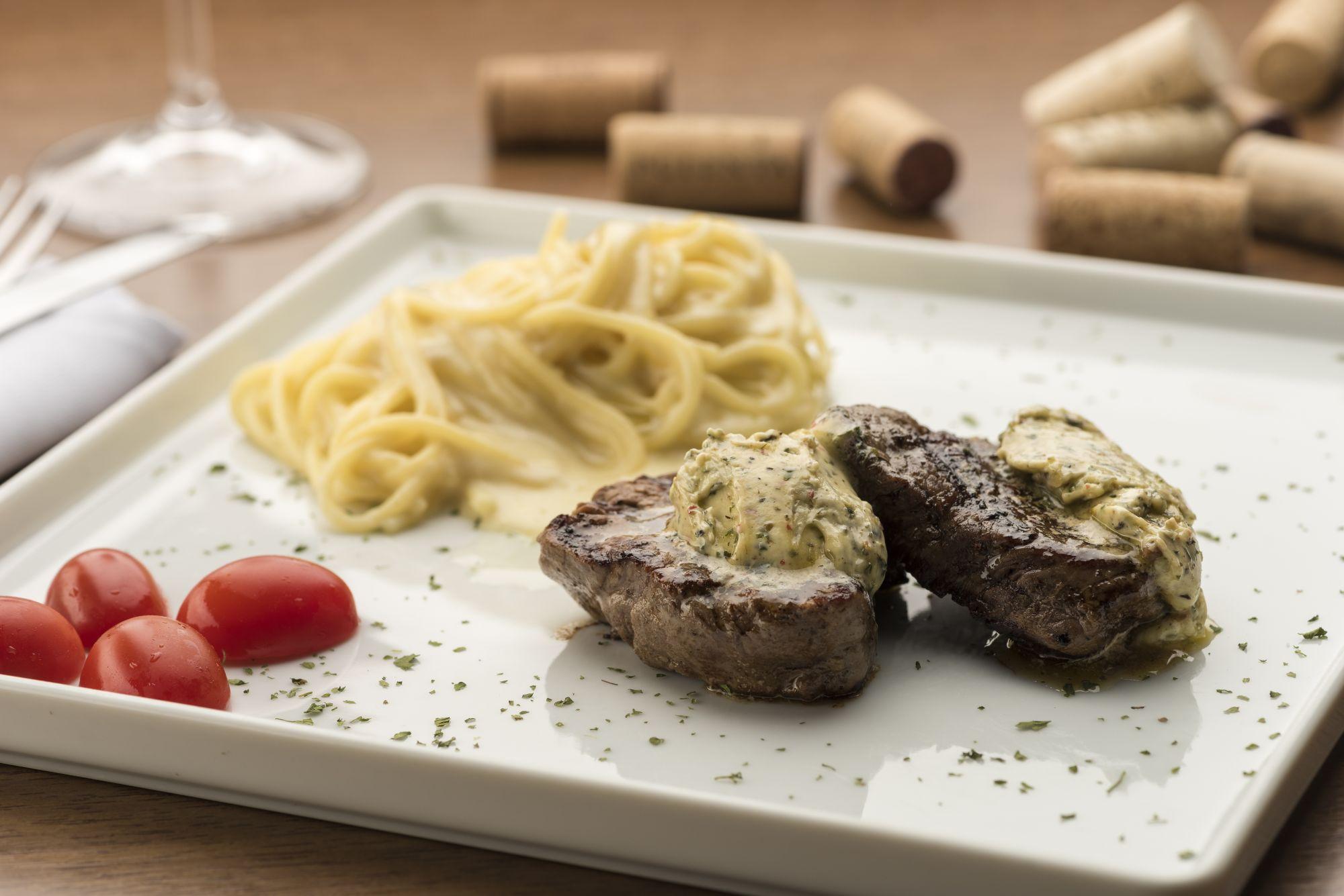 15 restaurantes para jantar em Curitiba às segundas-feiras