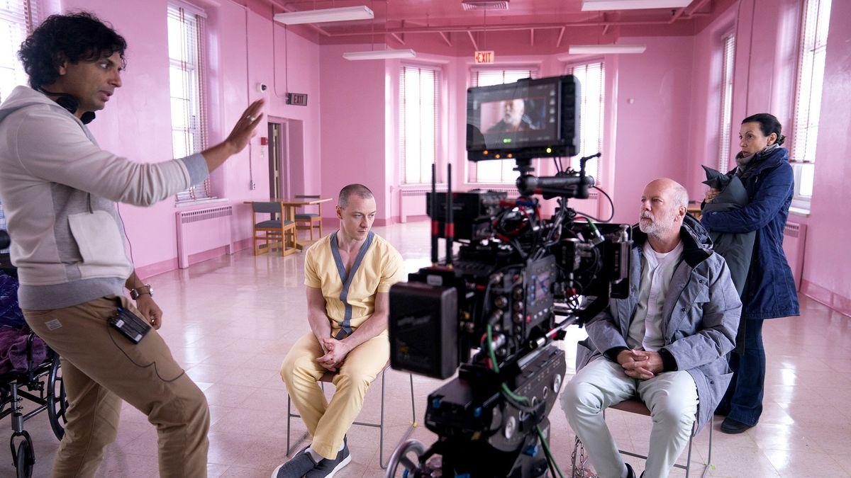 Diretor de O Sexto Sentido estreia filme que fecha triologia prometida há 20 anos