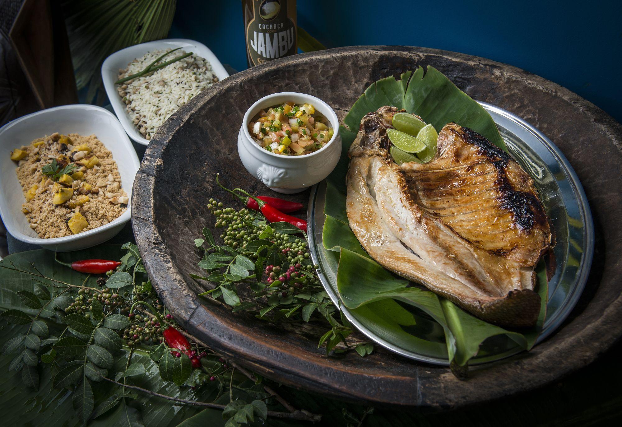Curitiba tem delivery de comida típica de Manaus
