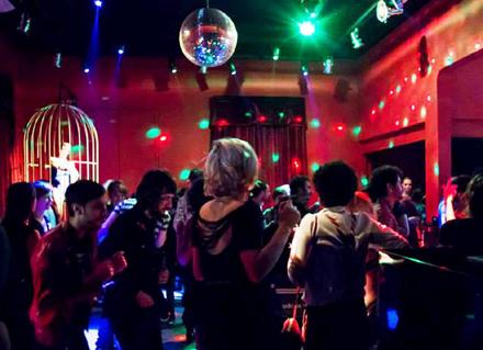 Paradis Club faz aniversário: quais são as 5 melhores festas da balada