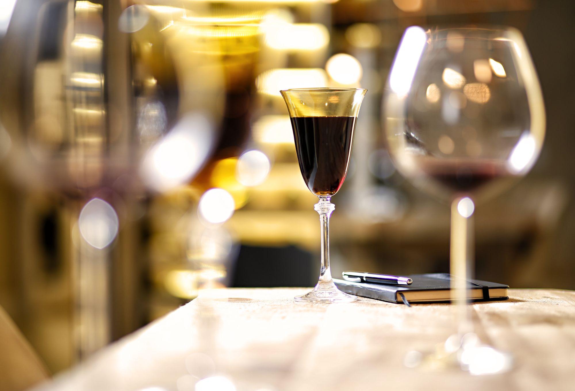 Lugares em Curitiba que servem vinho à vontade a partir de R$ 29