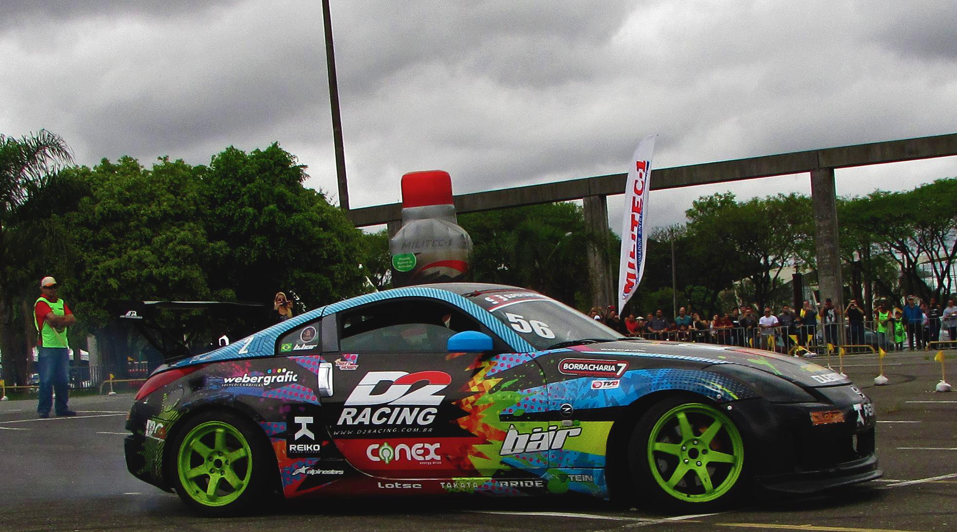 Curitiba recebe exposição de mais de mil carros e apresentações de drift