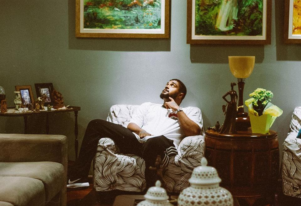 """""""Kanye West"""" da Bahia, Baco Exu do Blues faz show em Curitiba"""