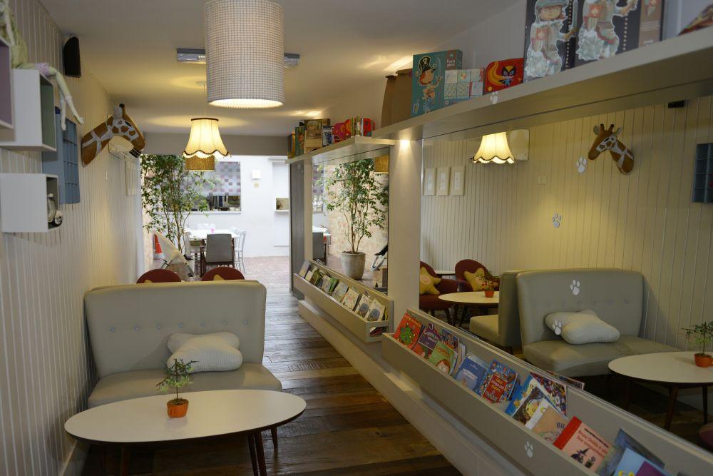 Restaurantes com espaço kids (e desconto!) para ir com a família toda