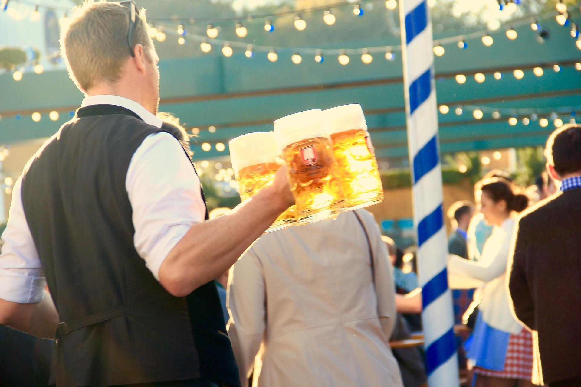 Oktoberfest do Bar do Alemão tem dois dias de festa open bar e open food