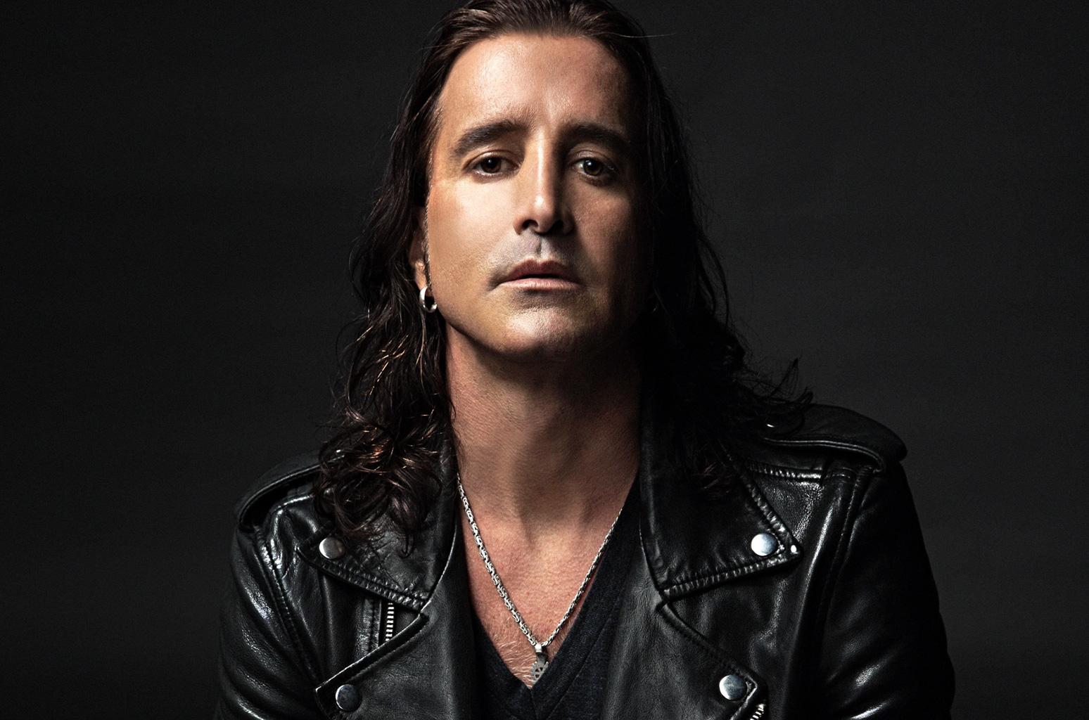 Ganhador do Grammy, vocalista do Creed fará show em Curitiba