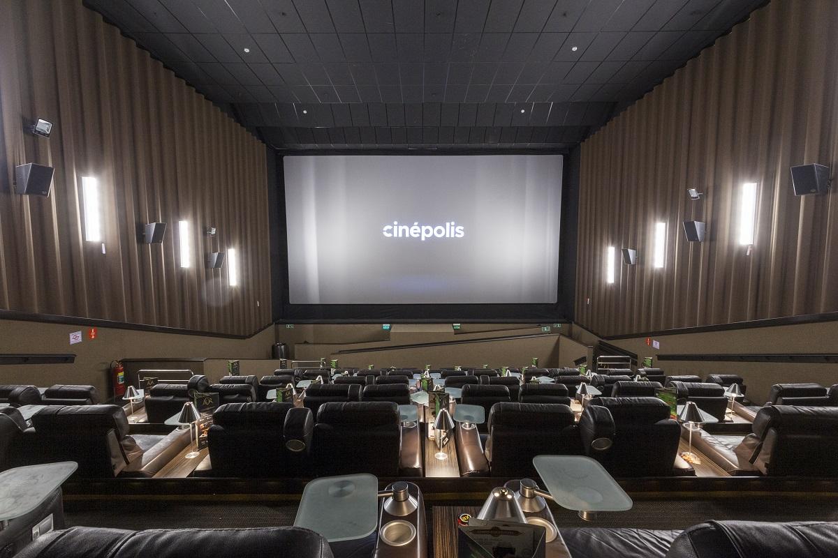 Cinema de Curitiba inaugura primeira sala especializada em filmes cult do Brasil