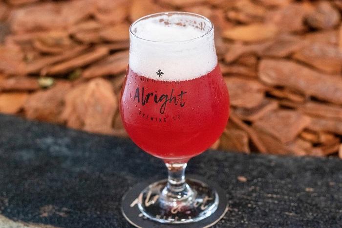 Cervejaria faz festival de Sour Beer, com sete sabores de cerveja azeda