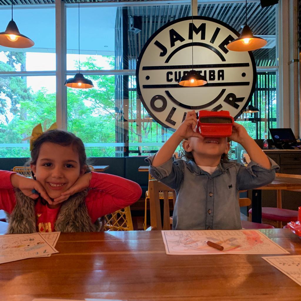 Jamie's Italian tem binóculo de sabores para crianças escolherem pratos