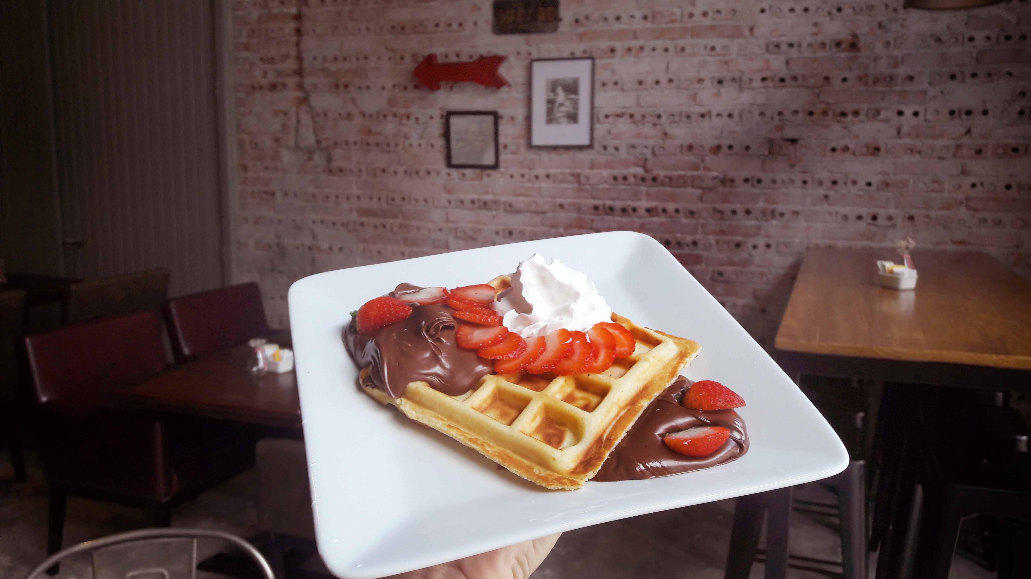 Onde comer waffles com desconto do Clube