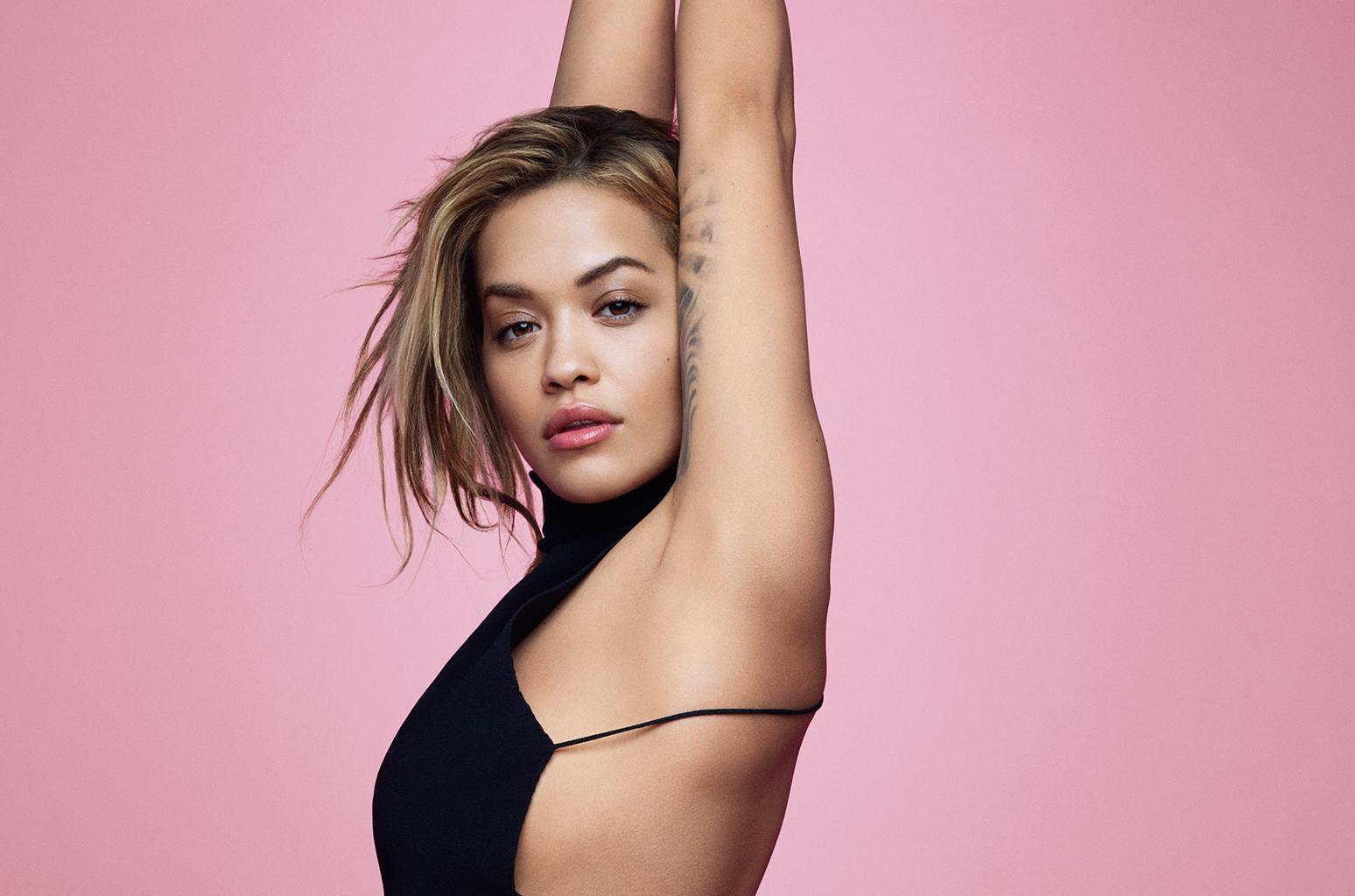 Show da britânica Rita Ora tem desconto de 50% pelo Clube; saiba onde comprar