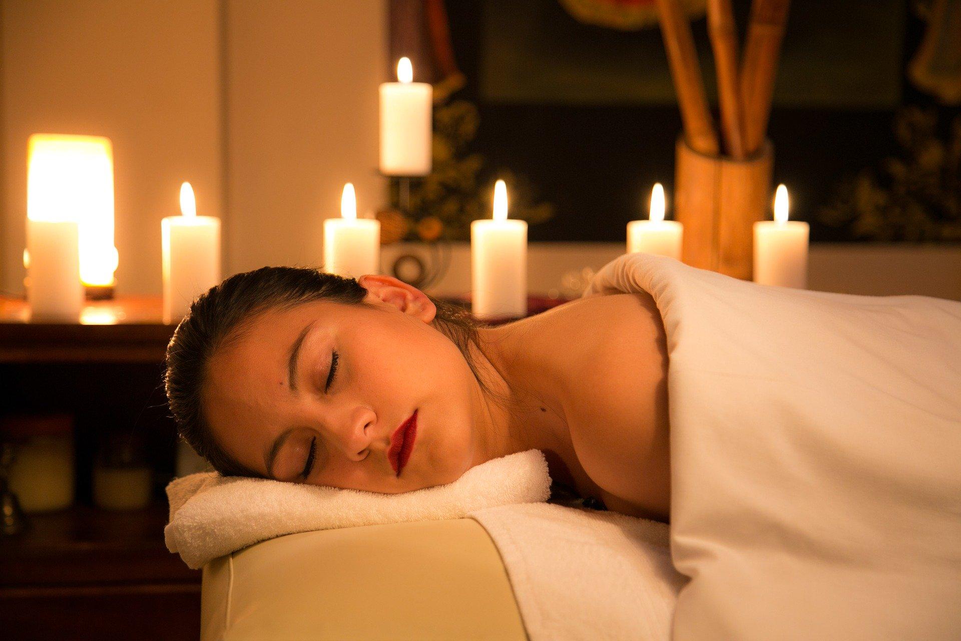 Três massagens para relaxar depois do Carnaval