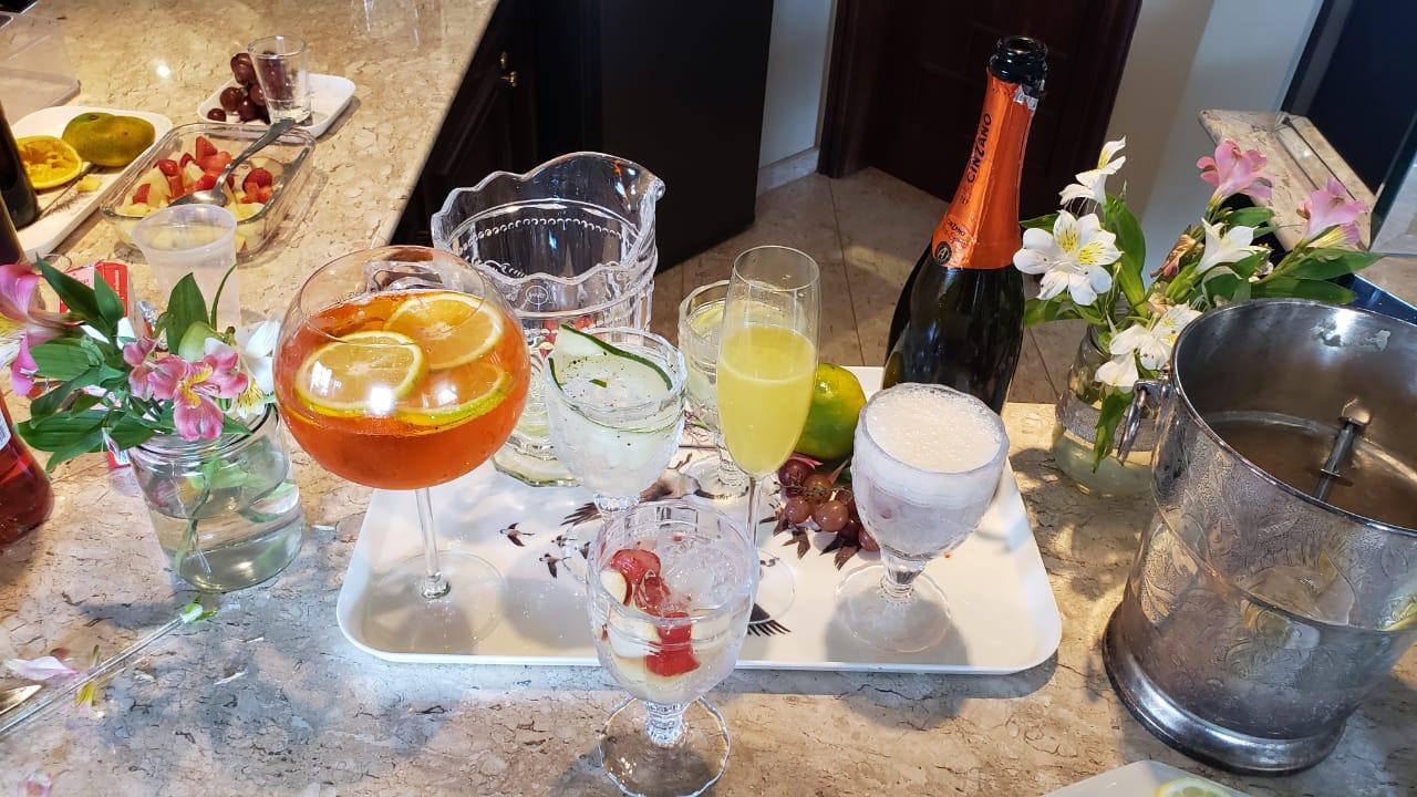 5 drinks do Lotus Sunset para você fazer em casa