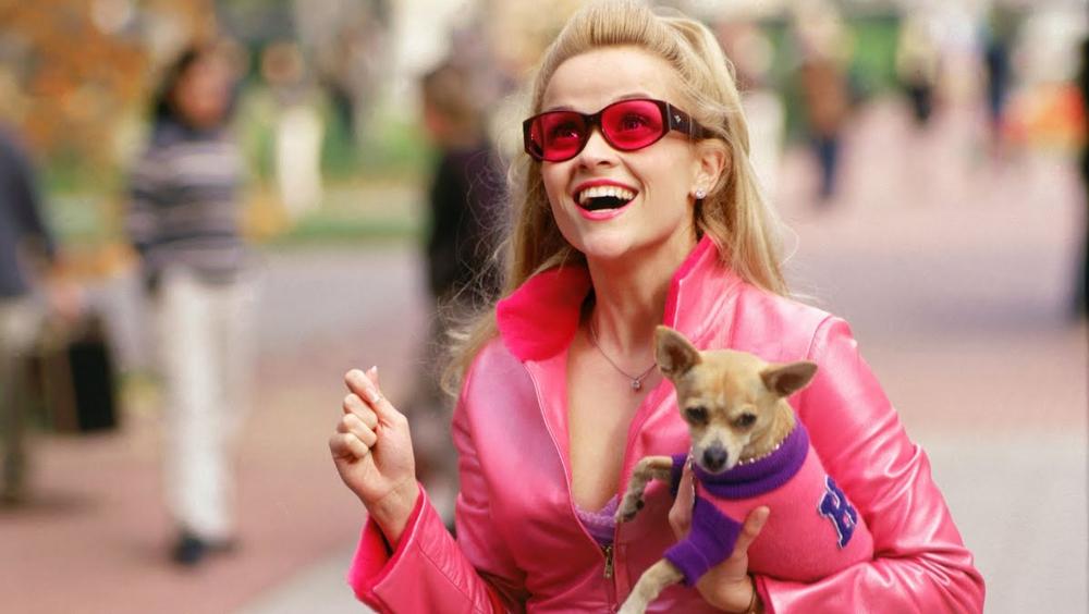 Reese Whiterspoon negocia com produtora Legalmente Loira 3