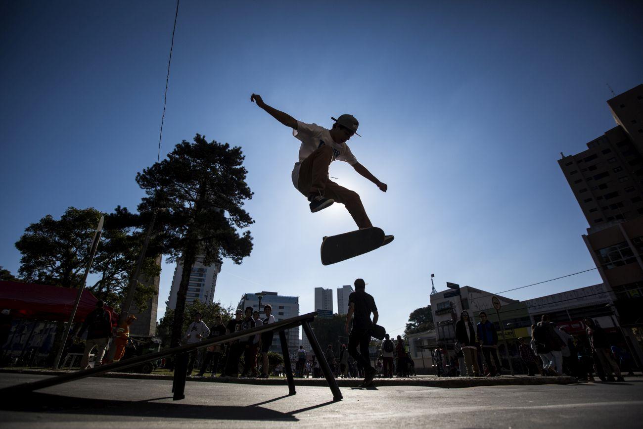 Conheça a exposição fotográfica que conta a história da cultura do skate em Curitiba