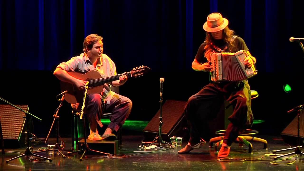 Quatro motivos para ver Yamandu Costa e Renato Borghetti no Teatro Guaíra