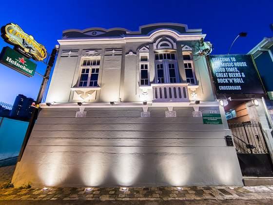 Sem lei seca! Conheça bares para curtir jazz e rock em Curitiba