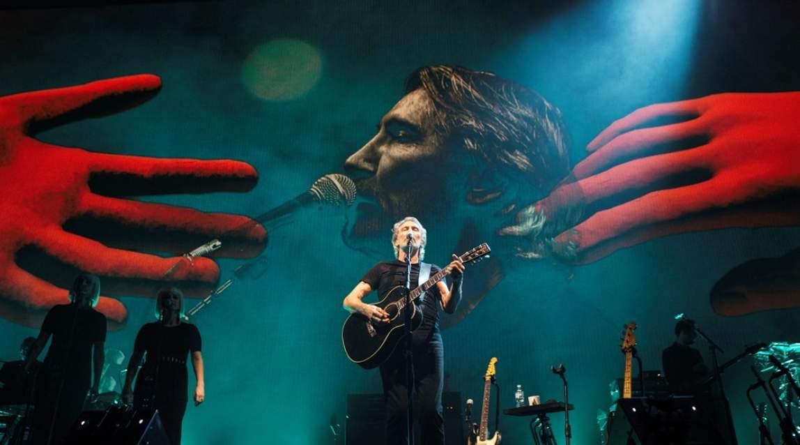 Roger Waters faz 'o maior espetáculo da Terra' em turnê brasileira