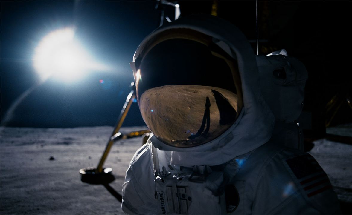 O Primeiro Homem não é um filme para quem duvida que pisamos na Lua