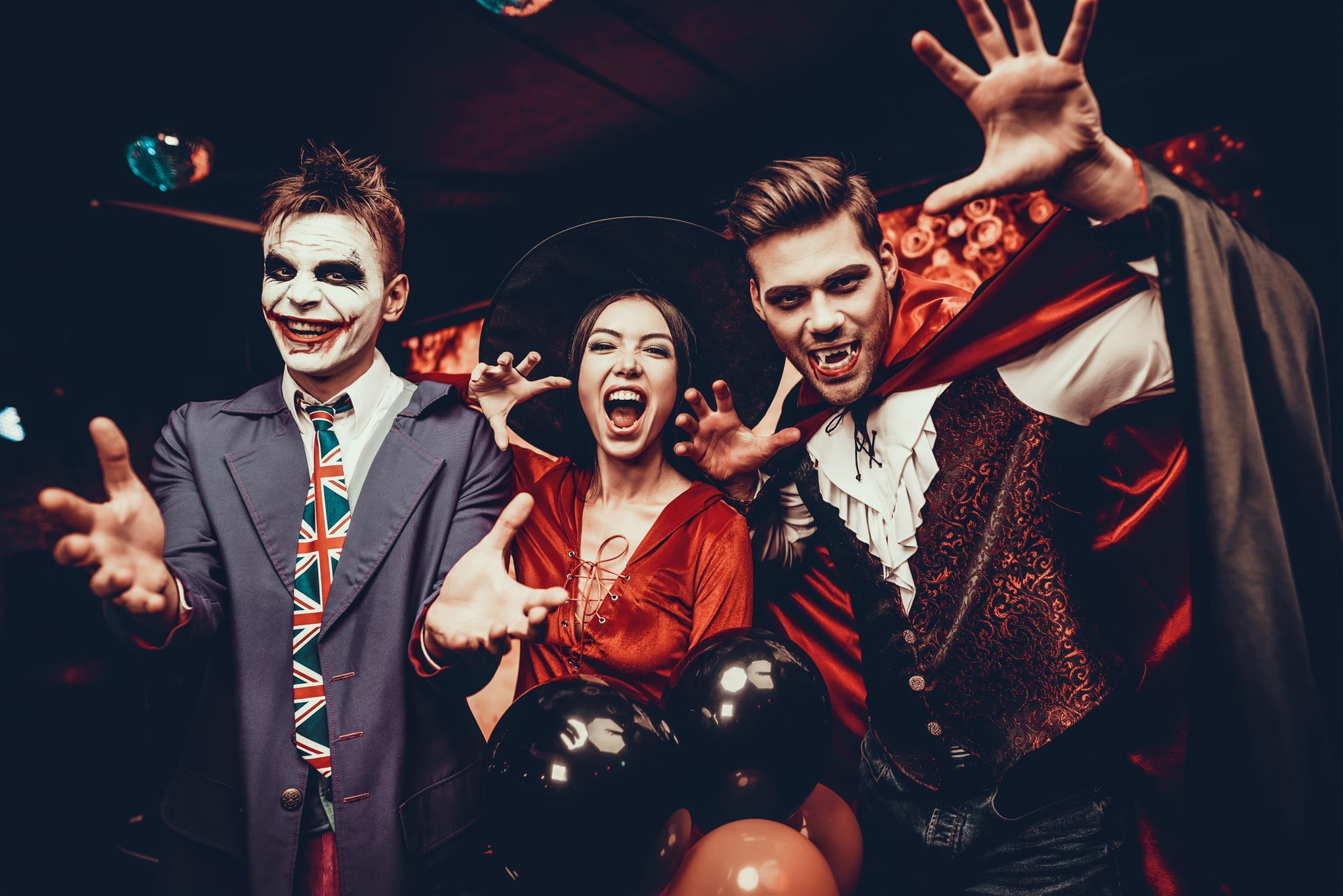 Feriado vai ter Halloween Walk no calçadão de Curitiba