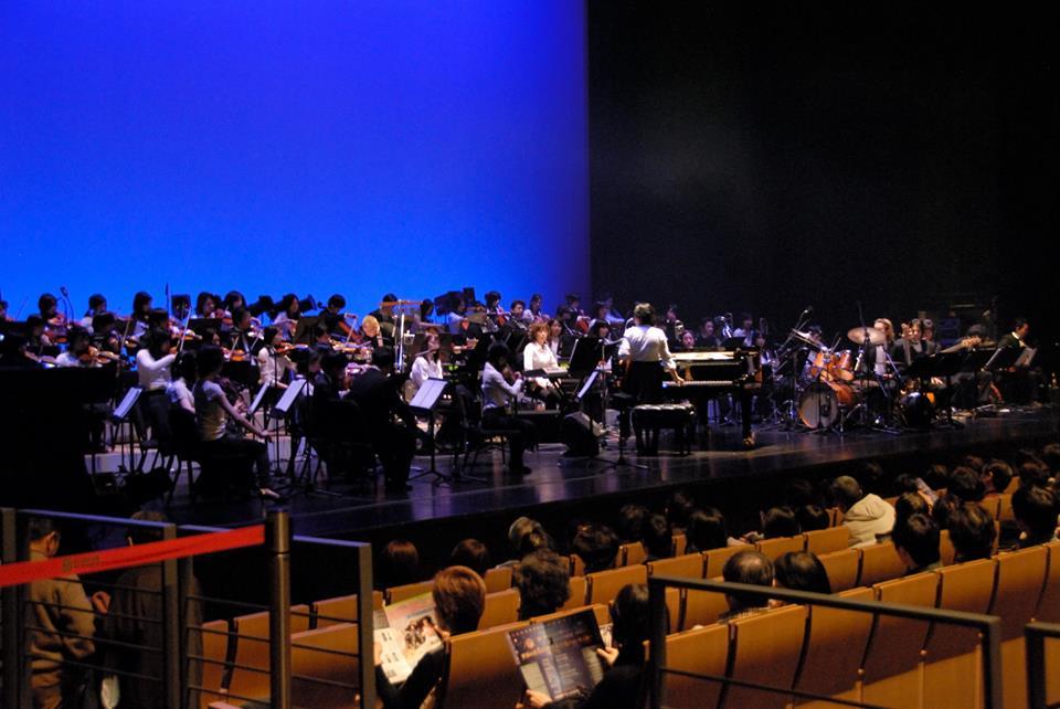 Concerto no Guairão revive era em que todo rádio no Brasil ouvia música francesa