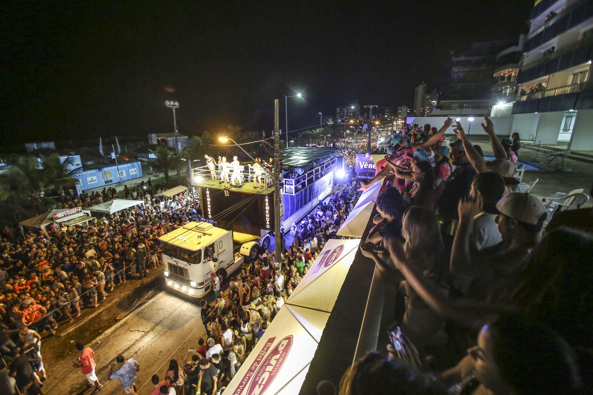 Caiobanda, Matinbanda e Guaratubanda: onde tem festa de carnaval no litoral