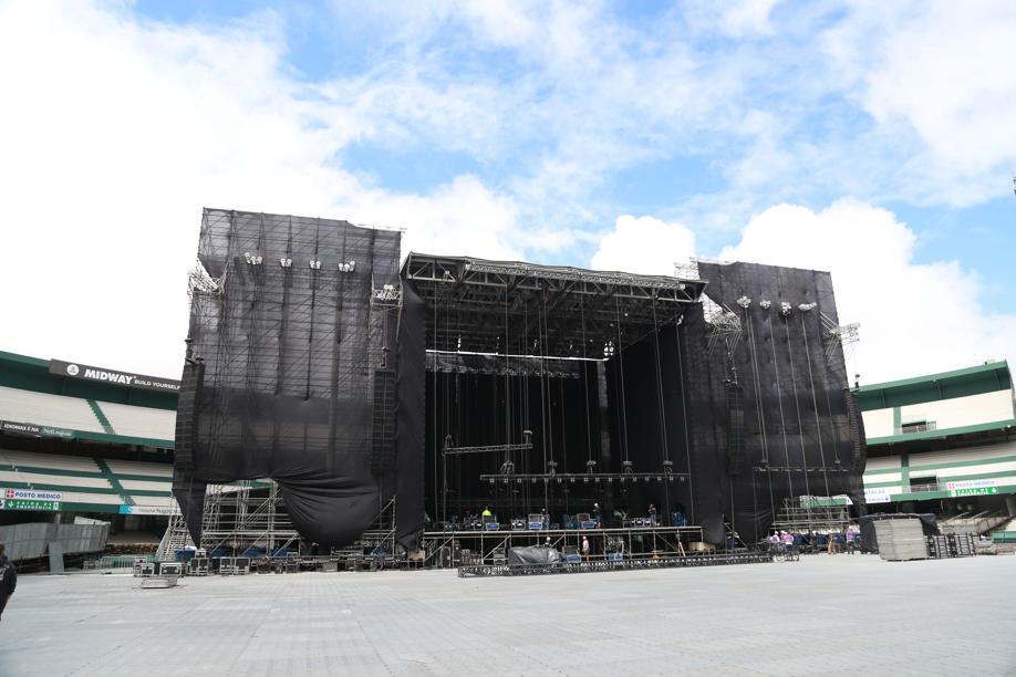 Palco de Paul McCartney tem 100 toneladas de luz e som