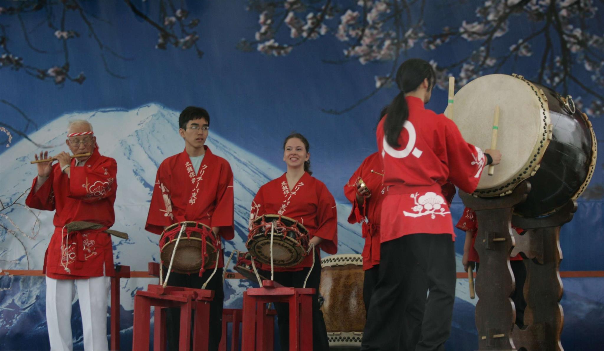 Fim de semana tem Hana Matsuri, Orquestra Sinfônica e muito mais