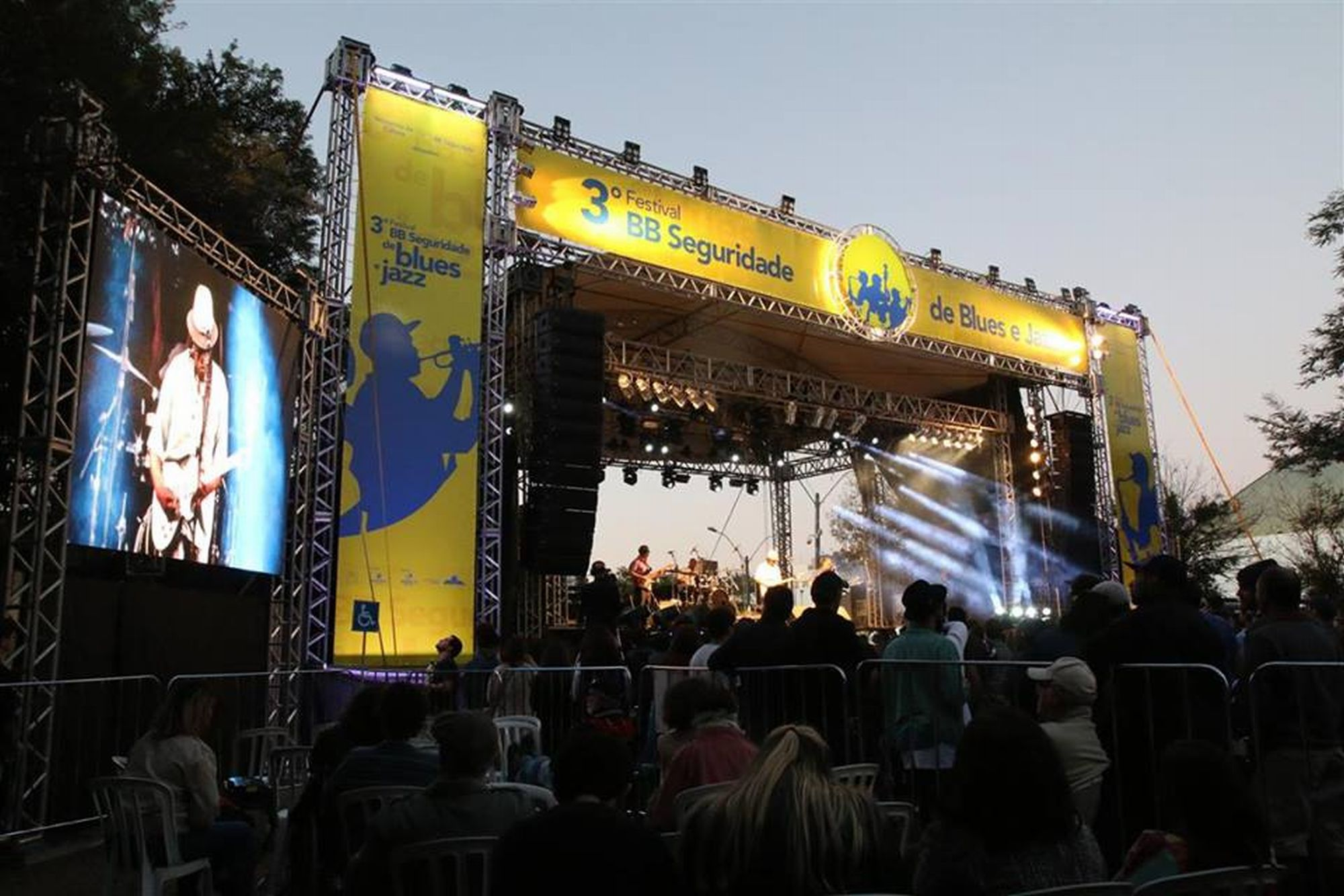 Festival de blues e jazz gratuito traz grandes nomes da música a Curitiba