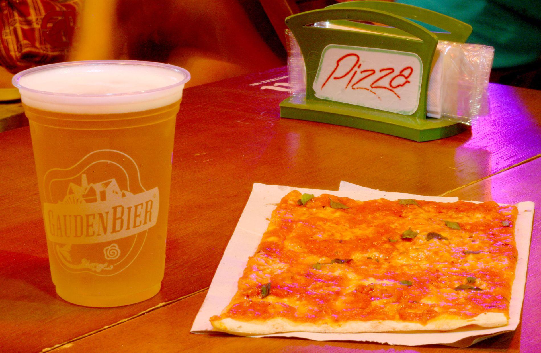 Pizza CWB fecha unidade da Carlos de Carvalho e Ostra Bêbada amplia cozinha