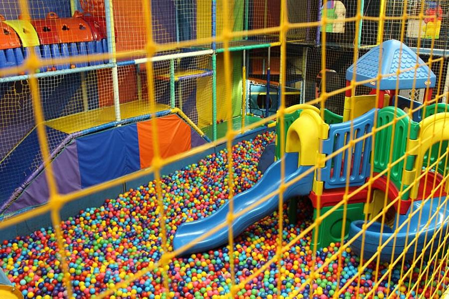 Lugares para se divertir com as crianças nas férias com desconto para assinantes