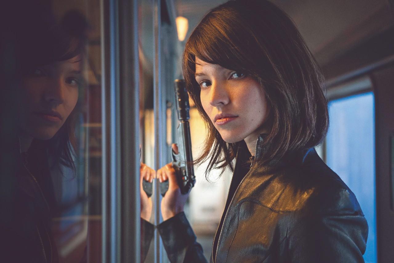 Filme Anna traz história de mais uma bela assassina do francês Luc Besson