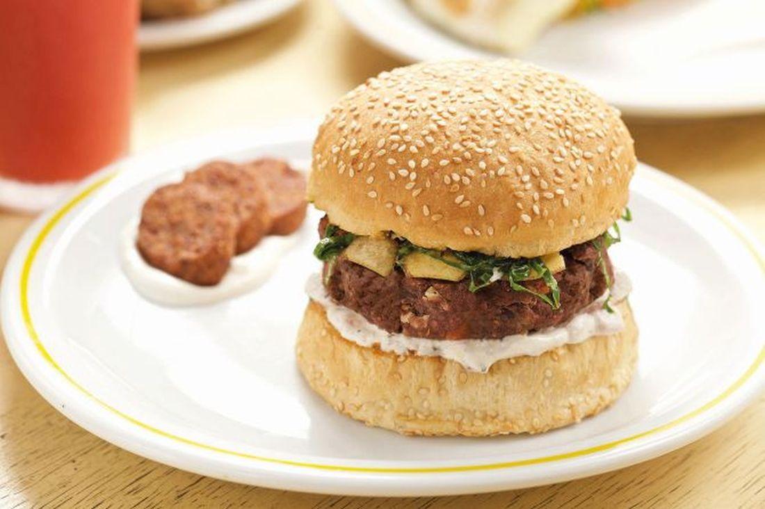 5 hambúrgueres vegetarianos (com desconto) para provar em Curitiba