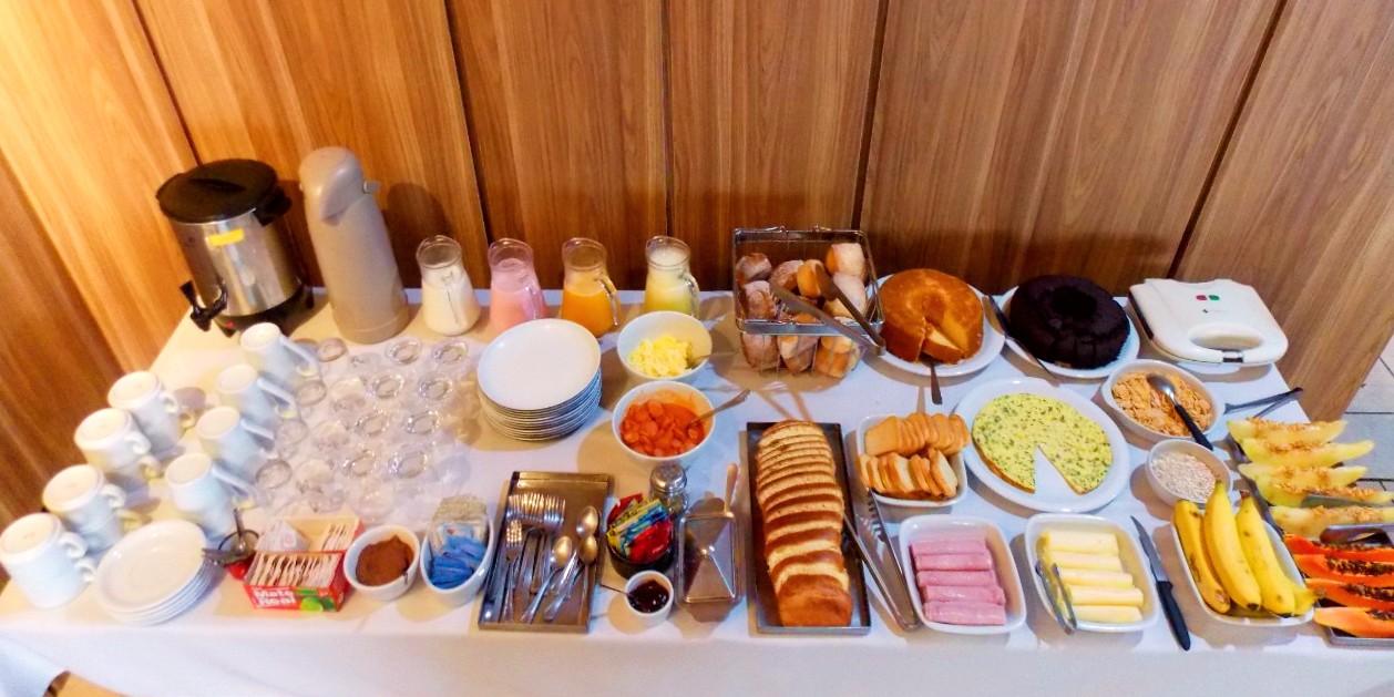 Empório Grano serve café da manhã aos finais de semana