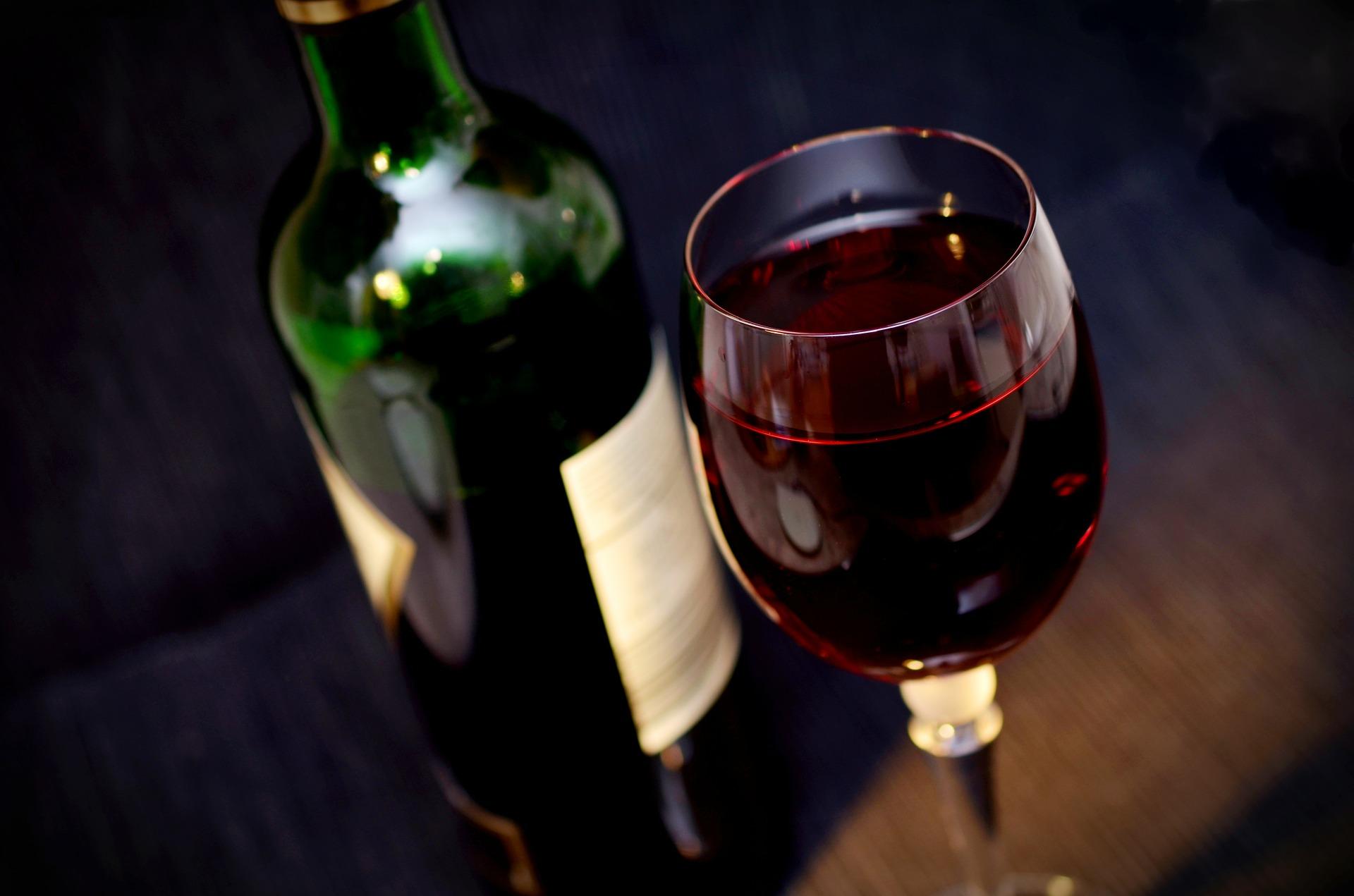 #AdegaEMCASA: projeto leva seleção de vinhos até a sua casa