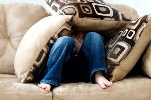 Fica em casa: cinco almofadas para deixar a casa mais bonita