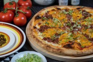 Fábrica Pizza Bar tem delivery com desconto do Clube