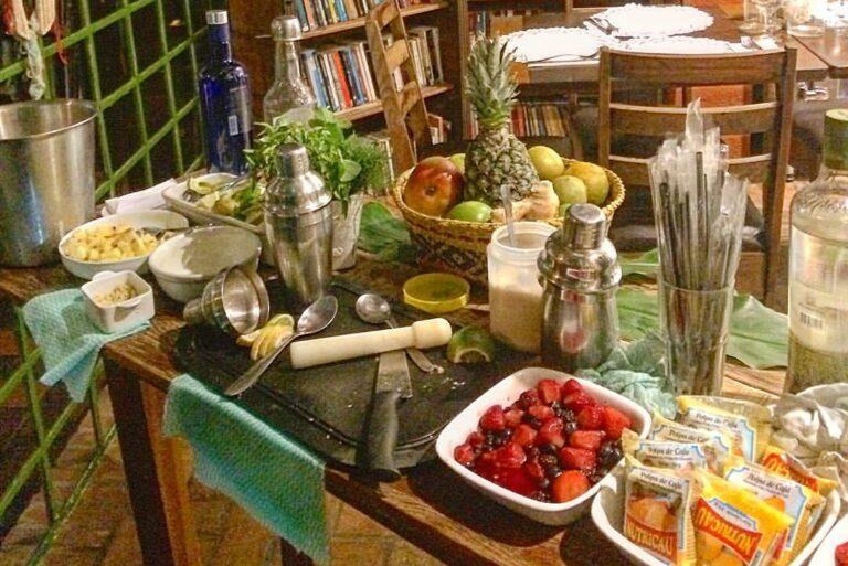 Conheça a caipirinha do Bar do Baiano e peça em casa