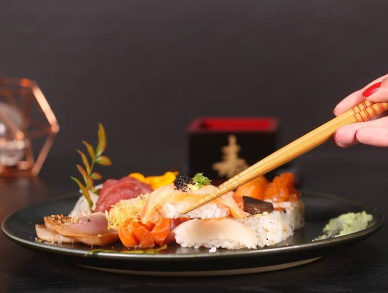Comida japonesa? Tenha uma experiência diferente com o Z. Sushi Lounge Bar