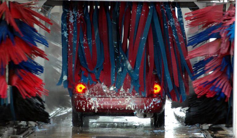 Lave seu carro com desconto do Clube
