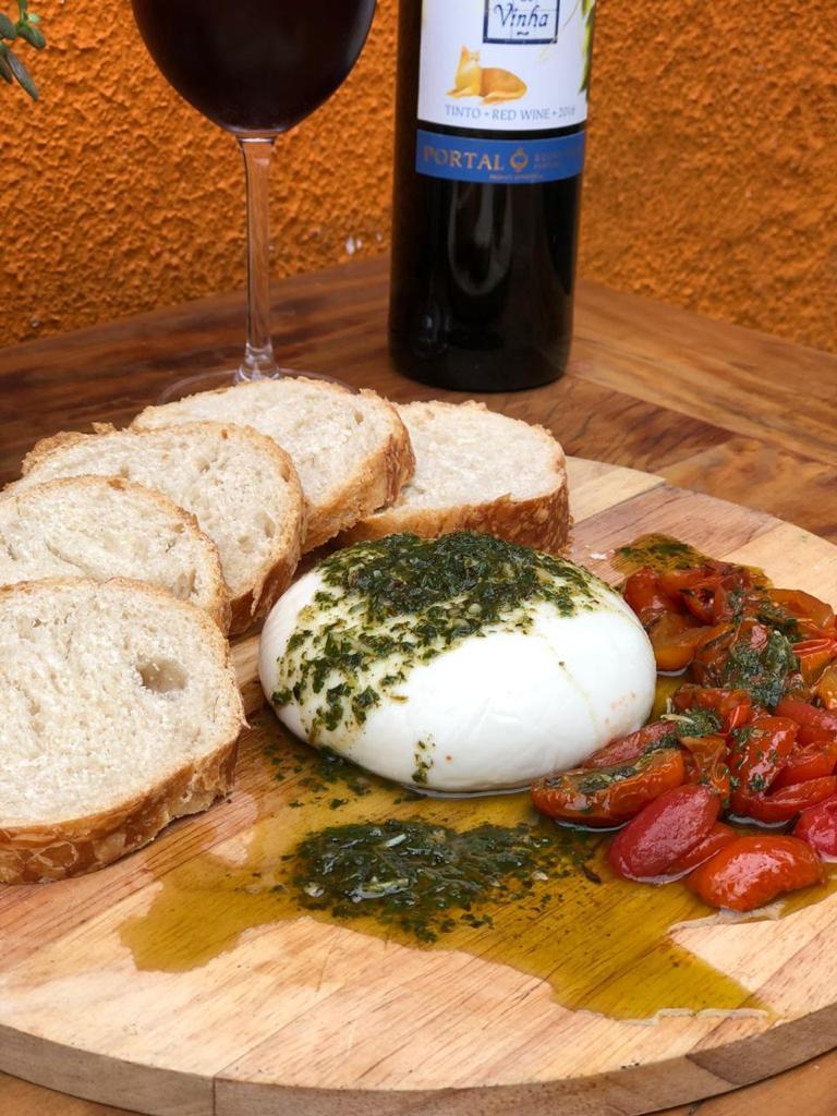 Páscoa com menu especial e  desconto no Restaurante Il Barbuto