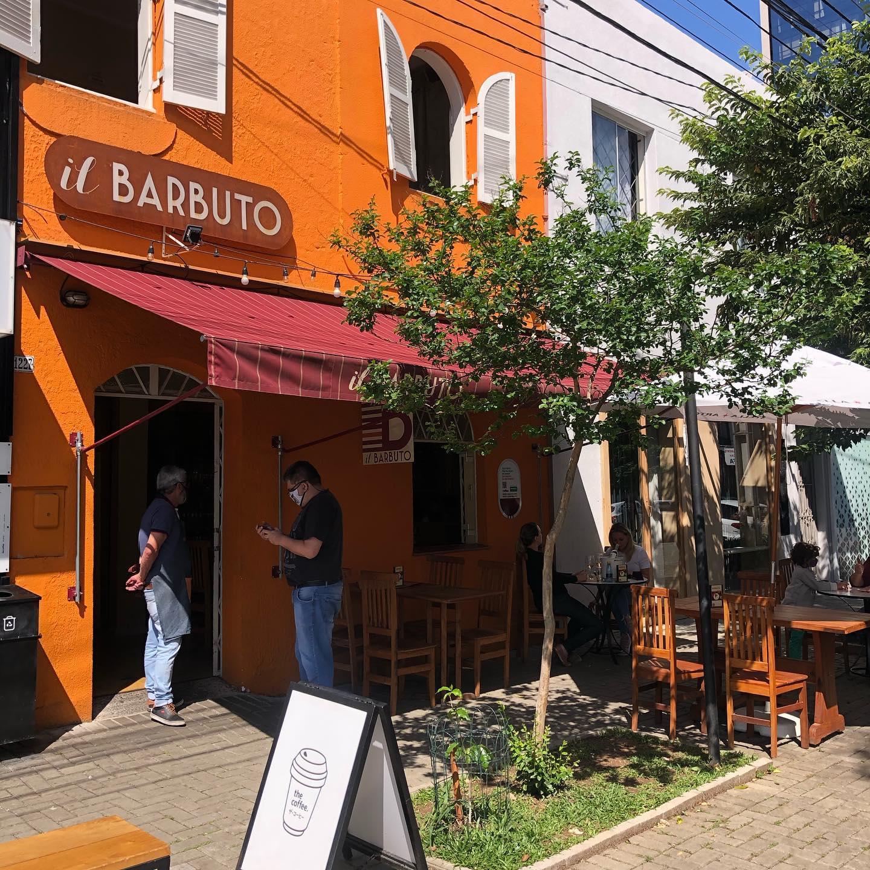 Lugar ao sol: restaurantes com espaços abertos para conhecer em Curitiba